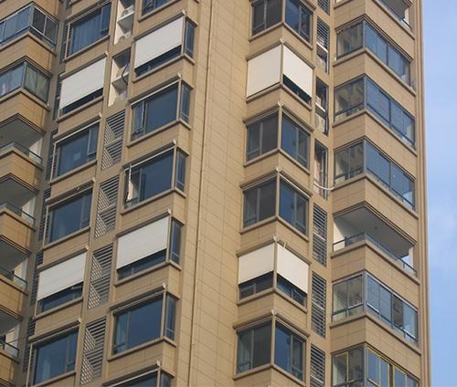 铝合金卷帘窗
